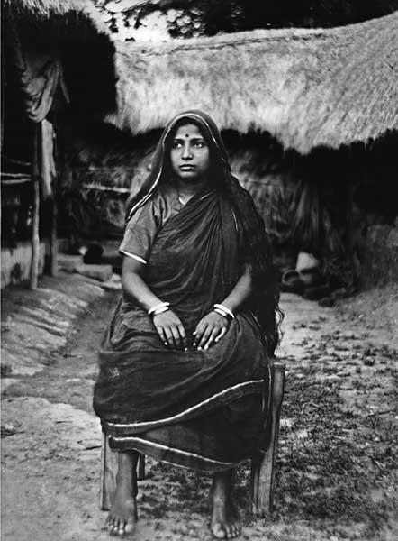 A house wife. 1927. B2 Glass negative. Golam Kasem