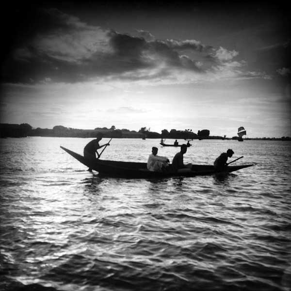 Boat. 120 negative. Date unknown. Golam Kasem.