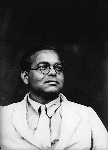 My colleague. Dhaka 1935. B2 glass negative. Golam Kasem