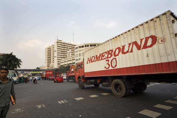 homebound-convoy-escapes-from-museum-4291.jpg