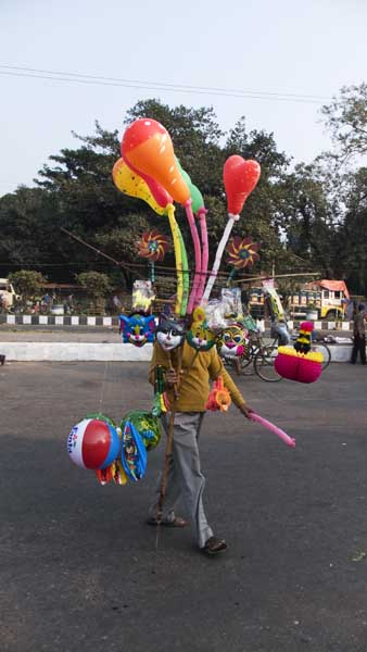 balloon-man-0516.jpg