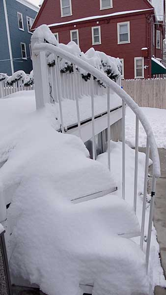 snow-covered-stairs-at-irving-house-0468.jpg