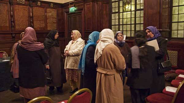 women-at-book-launch-in-glasgow-0363.jpg