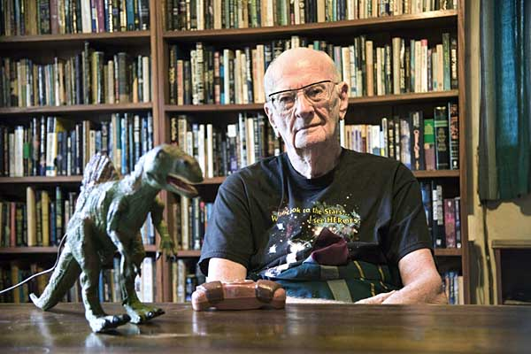 clark-with-dinosaur-2402-600-px.jpg
