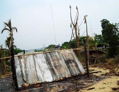 Pahari house razed in arson attack, Gongaram Mukh, Sajek union. ?Udisa Islam, 27 April 2008
