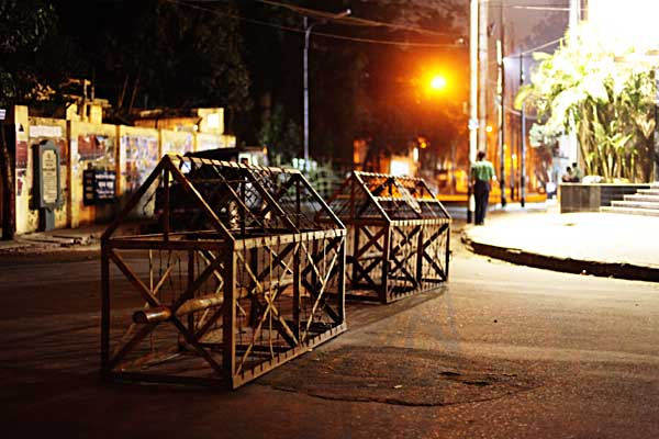 While the army have been removed from the main roads, barricades are still present at several key locations in Dhanmondi. Shahidul Alam/Drik/Majority World