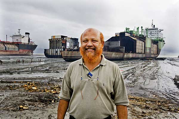 Beaching master Captain Inam by the Norwegian ship New Berge at Habib Ship Yard, which was beached by him.
