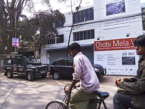 Tom's Defender outside Drik, waiting to depart. Shahidul Alam/Drik/Majority World